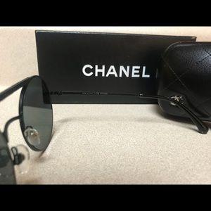 78f3f8ab3db8e CHANEL Accessories - Chanel 4232 c101 T8 Polarized Women Sunglasses